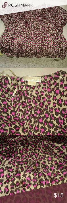 Michael Kors Pink&Brown Leopard print top Michael Kors Pink&Brown Leopard print top, v-neckline, silky lightweight material. Functional tie detail under bust.  Gold details at ties. Michael Kors Tops Blouses
