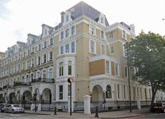 Redcliffe Square Apartments
