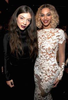 Beyoncé & Lorde Backstage At 2014 Grammys