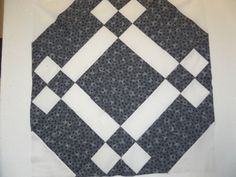 Domino square quilt block pattern and tutorial from Ludlow Quilt and Sew