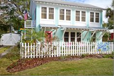 The Breeze Inn on Tybee Island | Owned by Mary Kay Andrews, author