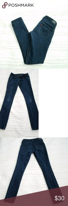"Levi's 524 jeans Levi's 524 Jeans too superlow.  These are in excellent used condition. They are in between navy blue and black color. Size 3 medium 29""inseam Levi's Jeans Skinny"