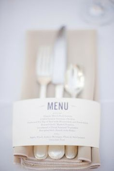 wedding or Dinner party idea for menu cards Wedding Menu, Wedding Table, Wedding Events, Our Wedding, Dream Wedding, Weddings, Wedding Catering, Catering Food, Chic Wedding