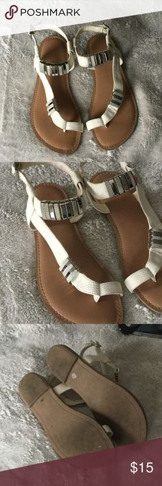 Bar III 'Verna' Sandal Flat sandal with cream straps. Silver accents. Worn a few times. In great condition. Bar III Shoes Sandals