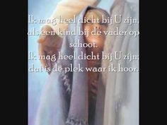 Opwekking 581 Dit lied hoorde ik voor het eerst in de parkeergarage van het Academisch Ziekenhuis Groningen... Ik wist toen dat de oogoperatie die ik had gehad was mislukt! Dit lied gaf mij op dat moment zoveel kracht en troost!