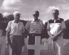 Carwood Lipton, Don Malarkey, and Richard Winters at Skip Muck's grave.