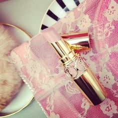 Image via We Heart It https://weheartit.com/entry/156146151 #cute #fashion #girl #katyperry #kiss #lipstick #makeup #pink