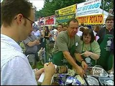 So Flippin' Good! Food Network: Video report on spiedies and the Spiedie Fest and Balloon Rally held in Binghamton, NY (Broome County). Spiedies are a marinated meat grilled on a skewer and served on Italian bread as a sandwich. Johnson City, Small Town Girl, Italian Bread, Upstate New York, I Love Ny, Single Parenting, Food For Thought, Small Towns
