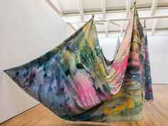 "Dia: Beacon is showing Sam Gilliam's 'Double Merge' an important early ""Drape"" painting by the Color Field painter. African American Artist, American Artists, Contemporary African Art, Colour Field, Social Art, Textiles, New York Art, Famous Art, Black Artists"