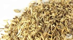 Licorice root, c/s Organic: Licorice is used for various digestive system complaints including stomach ulcers, heartburn, colic, and ongoing inflammation of the lining of the stomach (chronic gastritis). Dry Throat Remedy, Sore Throat, Oil Garden, Treatment For Heartburn, Types Of Candy, Stomach Ulcers, Raw Food Recipes, Home Remedies