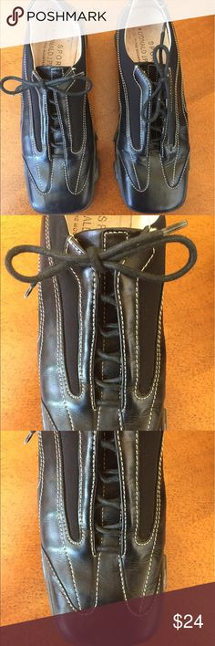 "Donald Pliner Sport ""Action"" shoes Beautiful DP Sport black leather shoes. Well made and comfortable and made in Italy. These are ""Action"" and priced to sell. Good condition-just need to cleaning with damp rag! Donald J. Pliner Shoes"