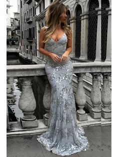 Mermaid V-Neck Lace Long Prom Dresses Formal Evening Dresses #mdresses #prom #promdress #eveningdresses #fashion #longpromdress #sequins #lace