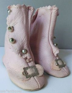 ANTIQUE HIGH TOP DOLL SHOES