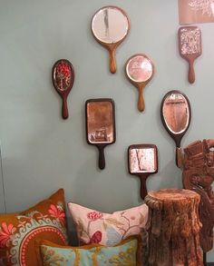 """for Leahs """"Snow White wall"""" I Love It.Mirror mirror on the wall. these would be so perfect for a little princess room with all the mirror frames painted in dainty girlie colors. Vintage Mirrors, Gold Mirrors, Bathroom Vintage, Rustic Mirrors, Mirror Wall Art, Mirror Mirror, Mirror House, Sunburst Mirror, Make Up Studio"""