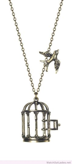 Glam naturale vintage style bird cage necklace