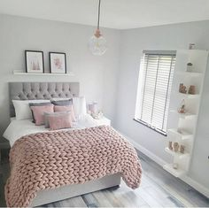 55 pretty pink bedroom ideas for your lovely daughter 11 - INTERIORS ~ Scandi. - 55 pretty pink bedroom ideas for your lovely daughter 11 – INTERIORS ~ Scandi Style Bedroom - Gold Bedroom Decor, Bedroom Decor For Teen Girls, Cute Bedroom Ideas, Room Ideas Bedroom, Girl Bedroom Designs, Teen Room Decor, Pretty Bedroom, Bedroom Inspiration, Bed Room