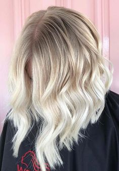54 Stunning Hair Color Blends for Lob Styles to Copy. Do you have long bob hair and also searching for best hair colors to give modern hair colors look? We're going to show you here best ideas of hair colors including the blonde and balayage highlights that your may use to sport with lob styles in 2018. This is one of the best ways to make long bob hair more attractive.