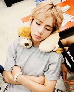 TOO CUTE! ♥ BTS -V