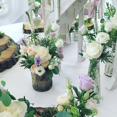 """Rachel's Country Weddings op Instagram: """"I love working with all flowers and creating displays in many different styles, but my absolute favourite style has to be natural and…"""" Country Weddings, Be Natural, All Flowers, Veronica, Different Styles, Display, Table Decorations, Nature, Instagram"""
