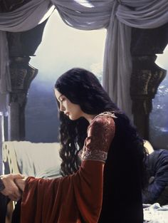 Liv Tyler as Arwen Undómiel in The Lord of the Rings - The Return of the King (2003).