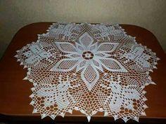 . Crochet Tablecloth, Crochet Doilies, Knit Crochet, Fillet Crochet, Macrame, Diy And Crafts, Centerpieces, Crochet Patterns, Knitting