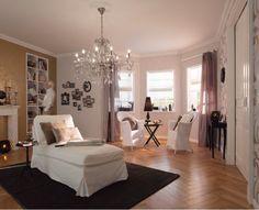 Warmte in je kamer creëer je onder andere door warmte tinten en een mooi vloerkleed. | Hornbach