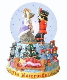 "Fight Scene Musical Snowglobe - Plays ""The Nutcracker Suite March"" by Tchaikovsky"