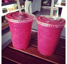 Morning Smoothies: Spinach, kale, blueberry, raspberry, lemon