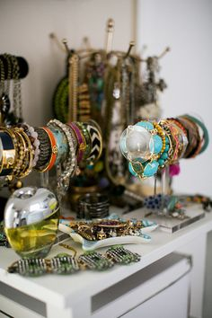 Gal Meets Glam blogger, Julia Engel, shows us her jewelry collection.