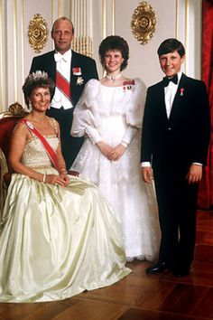 The Royal family ca 1986. The confirmation of Märtha Louise