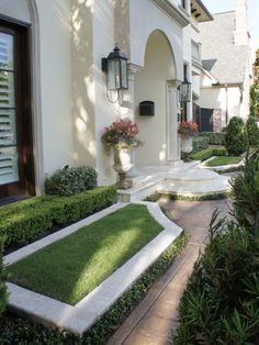 Houston Landscape Design|Classical Garden Design|European Scaled Garden Design
