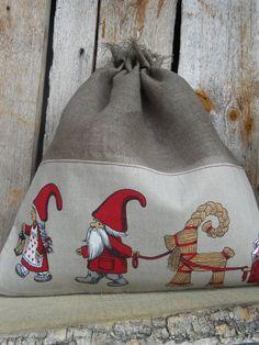 Scandinavian Nordic Christmas Gift bag Drawstring Cotton Reusable Gift Bag Gnome Elf Tomte Nisse Gift Wrap