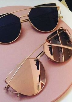 It's almost festival season... we're loving these rose gold mirrored sunnies!