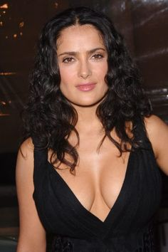 Actress SALMA HAYEK at the Los Angeles premiere of her new movie Ask the Dust. Salma Hayek Bikini, Salma Hayek Body, Salma Hayek Pictures, Selma Hayek, Jolie Photo, Celebs, Celebrities, Beautiful Actresses, Celebrity Photos