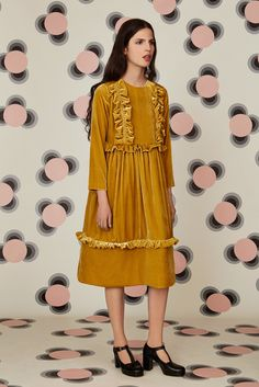 Orla Kiely Resort 2016 - Collection - Gallery - Style.com  http://www.style.com/slideshows/fashion-shows/resort-2016/orla-kiely/collection/17