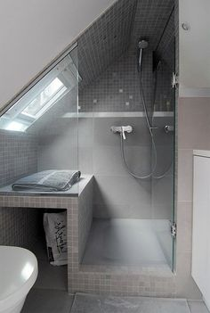 The layout of a small bathroom requires great ideas. Looking for small bathroom inspiration for you tiny house?Discover below examples to help you build a cozy small bathroom. The bathroom … Attic Shower, Small Attic Bathroom, Loft Bathroom, Upstairs Bathrooms, Bathroom Layout, Bathroom Interior, Bathroom Ideas, Budget Bathroom, Industrial Bathroom