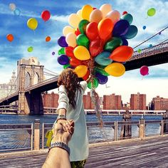 Today is our 9 year anniversary! Enter to win free tickets to A Slice of Brooklyn Pizza Tour! http://conta.cc/1rK7aYY Brooklyn Bridge balloons