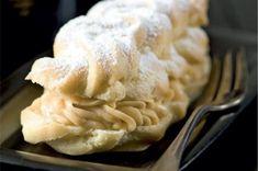 Banánky s karamelovým krémem Apple Pie, Peanut Butter, Desserts, Food, Tailgate Desserts, Deserts, Essen, Postres, Meals