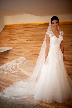 Marillia custom gown by Danielle Benicio.