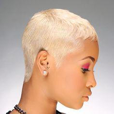 No photo description available. Brown Blonde Hair, Platinum Blonde Hair, Short Blonde, Black Hair, Dope Hairstyles, Pixie Hairstyles, Haircuts, Curly Hair Styles, Natural Hair Styles