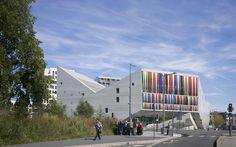 Betonowa architektura dla młodzieży