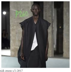 """The sound of Neil Young´s 1970 song """"After the Goldrush"""" accompanied Rick Owens S/S 2017 menswear collection that had been smoothed of . 1970 Songs, Neil Young, Menswear, Normcore, Shapes, How To Wear, Collection, Style, Fashion"""