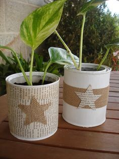 DIY Vintage French Recycled Tin Cans Project & Free Printable! Recycle Cans, Diy Cans, Recycled Tin Cans, Recycled Crafts, Tin Can Crafts, Diy And Crafts, Tin Can Art, Burlap Crafts, Mason Jar Crafts