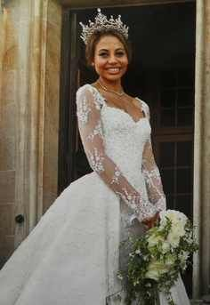 Emma McQuiston, Viscountess of Weymouth and future Marchioness of Bath. The first Black royal in English Monarchy♥♥