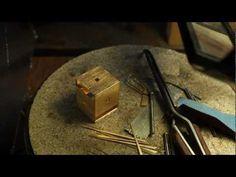 Peter de Wit - Jewellery, sculpture or architecture? - http://videos.silverjewelry.be/anklets/peter-de-wit-jewellery-sculpture-or-architecture/