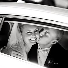 Classic wedding day image framed by the limo window Wedding Limo, Wedding Reception, Newlyweds, Wedding Pictures, Classic, Picture Ideas, Photo Ideas, Photography, Image