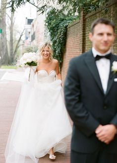 This beautiful bride can't wait for her man to turn around! Courtesy of Abby Jiu