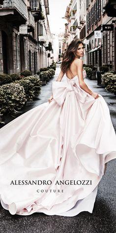 Blush Pink Wedding Dress, Simple Wedding Gowns, Princess Wedding Dresses, Wedding Dresses Plus Size, Elegant Wedding Dress, Best Wedding Dresses, Bridal Dresses, Wedding Dress Pink, Wedding Ideas