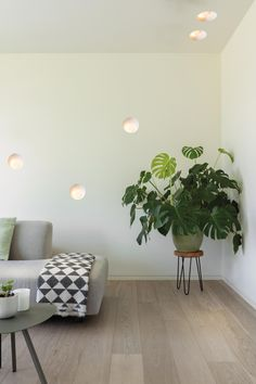 Shellby 184 LED GE white struc by Jeffrey Huyghe for Modular Lighting Instruments Green Interior Design, Best Interior, Interior Design Inspiration, Recessed Wall Lights, Ceiling Lights, Living Room Lighting, Wall Lighting, Lighting Ideas, Light Architecture