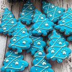 Заказы на новогодние наборы принимаю до 01.12.17, выдача после 15.12.17. Если вам будут нужны раньше, пишите заранее. Большие заказы строго по предоплате. Все вопросы и оформление заказа, только через моб.телефон 89057322318 #cookies#sugarcookies#decoratedcookies#royalicing#icing#имбирноепеченье#пряники#подарокженщине#букет#розы#cookie#gallets#подаркидетям#сладкийподарок#сладкийсувенир#своимируками#sweet#instafood#имбирныепряникиназаказ#имбирныепряники#ginger#gingercookies#сладости#г...